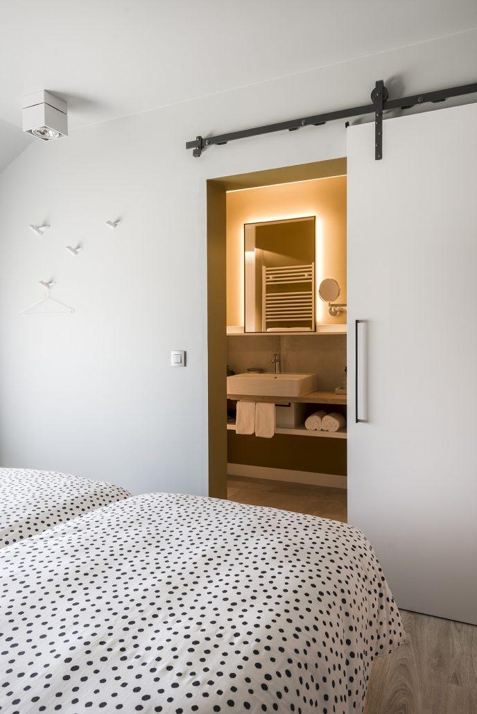 Eén van de 5 slaapkamers met privé badkamer