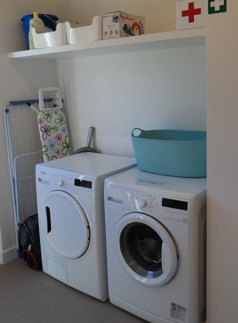 Tijdens je verblijf kan je vrij gebruik maken van de wasmachine en de droger